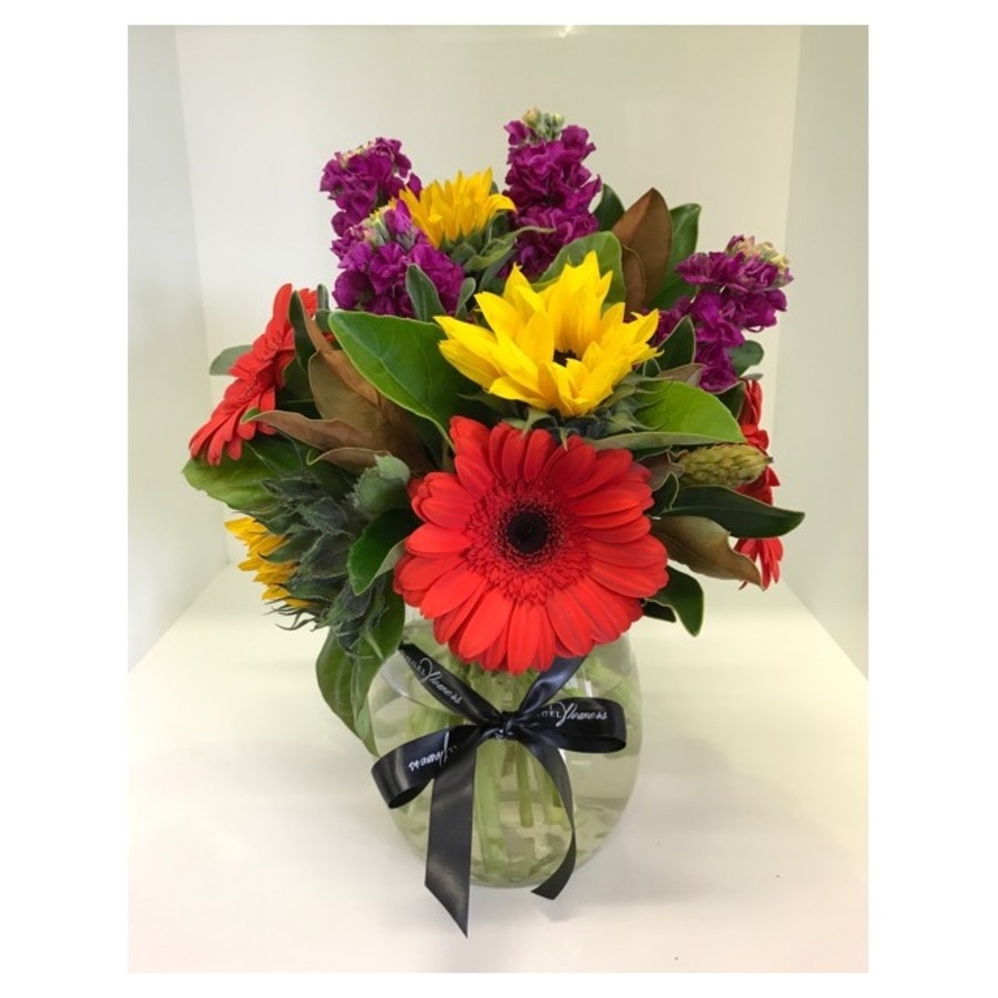 Vibrant Bouquet including Vase - Image 1