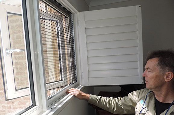 Retractable Insect Screens For Awning And Casement Windows