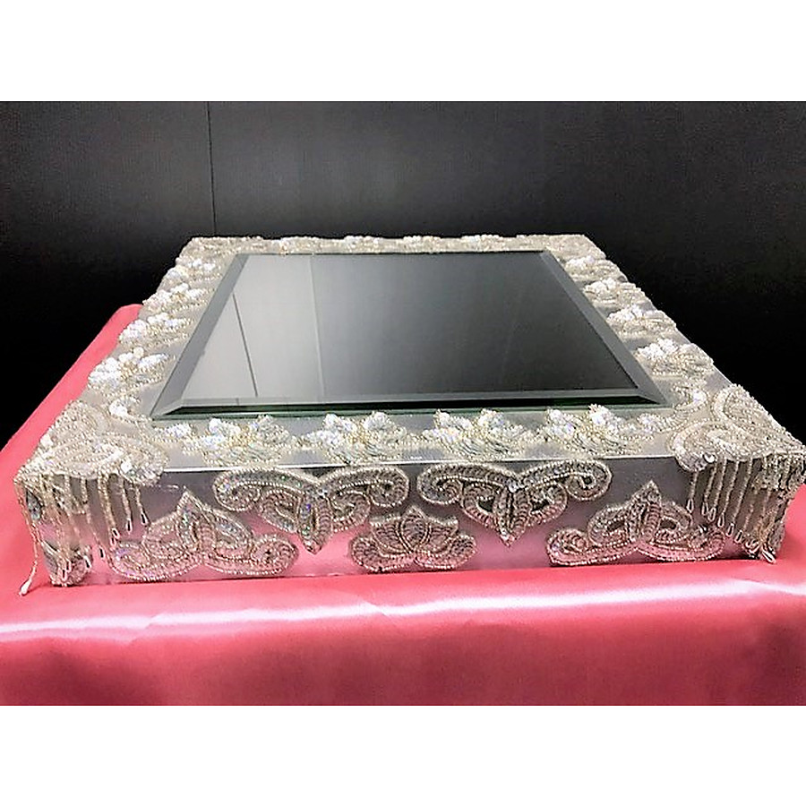 Silver bejewelled base - silver - PICK UP ONLY FROM PERTH STORE - Image 1