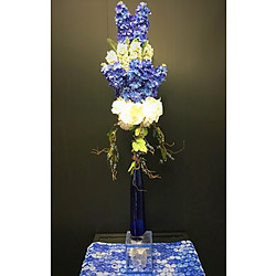 more on Blue white arrangement with clear base